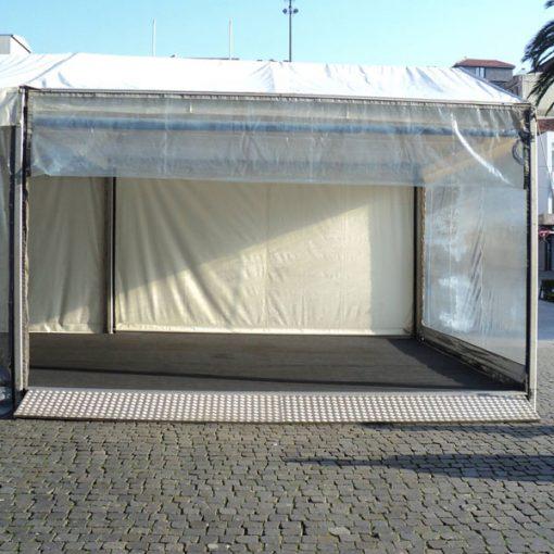 rampa de acesso a tenda